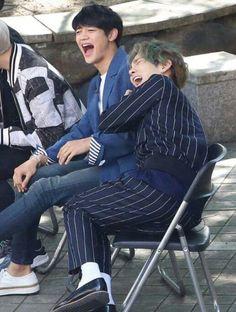 Shinee MinKey so cute! 'guerrilla date'