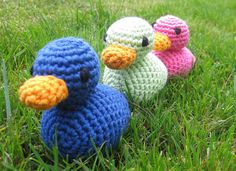 Cute ducks to crochet