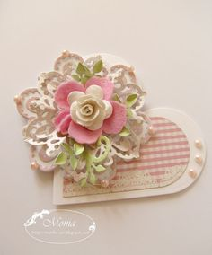 Love this rosette made from a die cut. By Monika - original language Polish