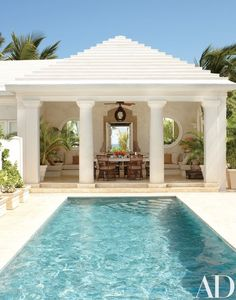 A Tropical Retreat in the Exclusive Puntacana Resort is Transformed into a Relaxing Getaway - Architectural Digest Pool House Designs, Swimming Pool Designs, Pool Cabana, My Pool, Outdoor Rooms, Outdoor Living, Indoor Outdoor, Outdoor Art, Outdoor Fabric