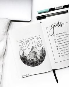 happy new year to all o… Hello 2019 👋🏼 . happy new year to all of you in australia and new zealand 🎇 and of course to the rest of… Bullet Journal Set Up, Bullet Journal Themes, Bullet Journal Layout, Bullet Journal Inspiration, Bullet Journals, Bullet Journal Yearly Spread, Journal Covers, Cover Pages, Happy New Year