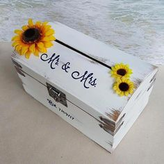 I am truly getting excited about trying out this. wedding Rustic Sunflower Card Box - (Wedding, Shower, Birthday, Etc) Money Box Cardbox Wood Love White Gold Treasure Chest Cards Shabby Flower Wedding Boxes, Wedding Tips, Wedding Cards, Wedding Planning, Dream Wedding, Wedding Venues, Wedding Beauty, Card Box For Wedding, Wedding Trends