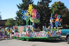 Parade float flowers!!! So much fun and so colorful!