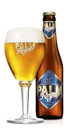 PALM Royale / Dit 'ale' bier, dat de naam PALM Royale (ROY-ALE) kreeg, werd in 2003 gecreëerd voor de 90ste verjaardag van PALM-brouwer Alfred Van Roy. Zijn passie voor de nadrukkelijke gistingsfruitigheid van zijn zelf geselecteerde PALM-gist komt in PALM Royale perfect tot uiting: een bier om royaal van te genieten. Het uitzicht is koperkleurig, met rijk wit en wandklevend schuim. Het aroma doet denken aan banaan, de smaak is volmondig en met veel 'body'. Het bier is lichtzoet door de…