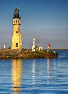 Buffalo Main Light ~Lake Erie Buffalo, New York