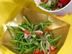 Eat Your Vegetables!: Green Bean Salad with Red Onion and Tomato Recipe : Rachael Ray : Recipes : Food Network Vegetable Salad Recipes, Bean Salad Recipes, Vegetable Side Dishes, Healthy Recipes, Clean Recipes, Healthy Foods, Yummy Recipes, Dinner Recipes, Lemon Green Beans