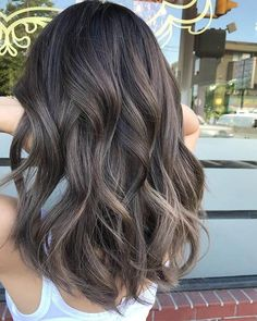 99 Perfect Balayage Hair Color Ideas For 2019 To Try This Year natürliches Haar 99 Perfect Balayage Hair Color Ideas For 2019 To Try This Year Curly Hair Styles, Natural Hair Styles, Natural Beauty, Best Hair Color, Natural Hair Color Brown, Korean Hair Color, Natural Fashion, Natural Colors, Natural Nails