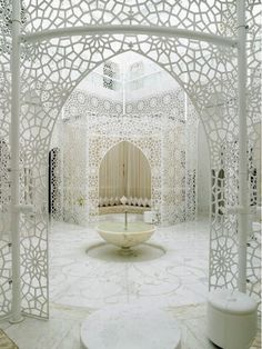 I never thought a room could look like lace, but somehow they managed with beautiful and intricate detailing.