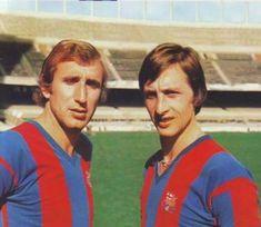Carles Rexach & Johan Cruyff, F. Fc Barcelona, Barcelona Futbol Club, Barcelona Football, Good Soccer Players, Football Players, Premier League, Bobby Charlton, Soccer Skills, Sport Football