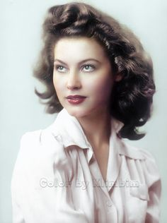 Ava Gardner – Color by Klimbim Hollywood Icons, Old Hollywood Glamour, Hollywood Actor, Vintage Glamour, Vintage Hollywood, Hollywood Stars, Vintage Beauty, Hollywood Actresses, Classic Hollywood