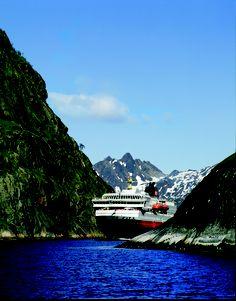 MS Nordlys, Hurtigruta, in Trollfjorden, Lofoten, Norway