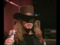 Lynyrd Skynyrd - Call Me the Breeze (live '75) best Southern band to date...