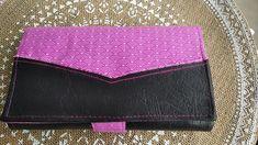 Compagnon Complice en simili noir et coton rose cousu par O Fil de Lo - Patron Sacôtin