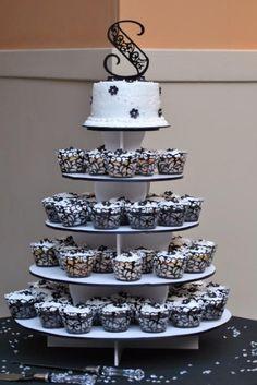 25th Wedding Anniversary   Cupcake Cake   25th wedding anniversary ideas
