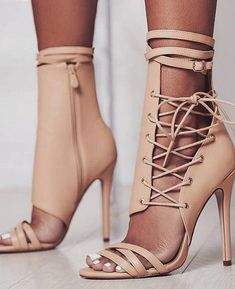 4f46cfbe0e5023 64 best Things to Wear images on Pinterest in 2019
