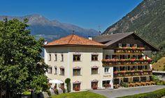 Wanderhotel Burgaunerhof im Martelltal http://www.burgaunerhof.com/