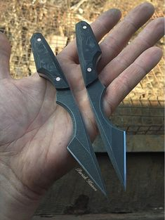 Amusing engineered metalworking projects here are the findings Cool Knives, Knives And Swords, Knife Patterns, Ninja Weapons, Neck Knife, Handmade Knives, Tactical Knives, Custom Knives, Knife Making