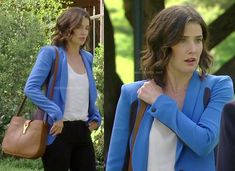 Robin's blue and navy colorblock blazer on How I Met Your Mother.  Outfit Details: http://wornontv.net/15173/ #HowIMetYourMother #CBS