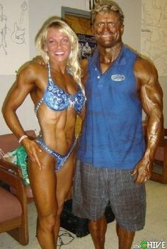 Couples Who are Truly Together - bemethis funny photos humour funny pictures funny pics funny jokes funny animals funny people Ugly Couples, Beaux Couples, Couples In Love, Tan People, Crazy People, Funny People, Strange People, Que Horror, Bodybuilding