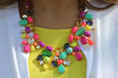 J Crew Color Mix statement necklace, click through for the link to get it!