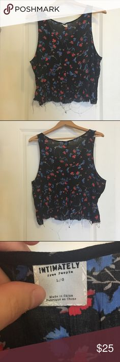 Intimately Free People Floral Raw Hem Swing Tank Excellent condition Intimately Free People swing blouse. Crepe soft material with an intentional raw hem and flattering cut. Only worn a handful of times. Ask questions and make offers. Free People Tops Blouses