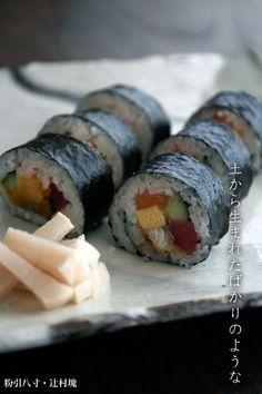 粉引八寸・辻村塊 Japanese Food, Sushi, Foods, Ethnic Recipes, Food Food