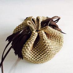 タッセル巾着ショルダーカゴバッグ『Coron』ブラウン