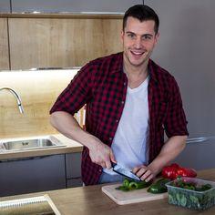 Tko želi kod mene na ručak? ;)  Danas spreman nešto posebno i jako ukusno.👌  Ako nemaš ideje što skuhati za ručak ili želiš isprobati zdravu fit slasticu, provjeri moju zbirku recepta: