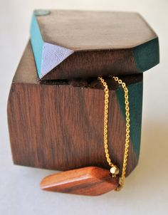 Reclaimed wood necklace and jewelry box! So pretty!