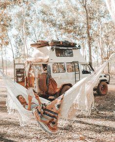 Bus Life, Camper Life, Car Life Hacks, Vw Camping, Glamping, Kombi Home, Van Home, Vans, Van Living