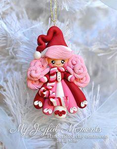 Fimo Polymer Clay, Polymer Clay Ornaments, Polymer Clay Projects, Polymer Clay Creations, Clay Crafts, Handcrafted Christmas Ornaments, Polymer Clay Christmas, Cute Clay, Clay Design