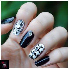 Tendance Nail Art Noir & Blanc par Love Nails Etc