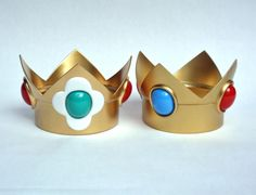Princesses Daisy and Peach Crowns by PerfectTommyAutomail on DeviantArt Super Princess Peach, Super Mario Princess, Halloween Cosplay, Cosplay Costumes, Halloween Costumes, Princess Daisy Costume, Daisy Crown, Little Girl Costumes, Mario Costume