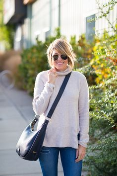 GiGi New York | Seersucker + Saddles Fashion Blog | Lauren Navy Crossbody