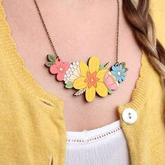 Daffodil bouquet necklace hand painted laser cut flower