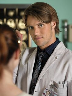 """Jesse Spencer as Dr. Robert Chase in """"House M.D."""""""