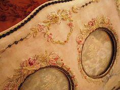 Eglantyne (Egurantinu)   antique Happiness   antique album