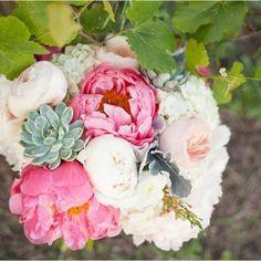 Beautiful bridal bouquet by Poppy Lane Design.  Kristen Edwards Photography