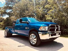 Welding rigs like FLO~PRO products too 🤤 checkout to hear how this thing sounds Welding Beds, Welding Tools, Metal Welding, Welding Art, Welding Projects, Diy Tools, Diy Projects, Custom Truck Beds, Custom Trucks