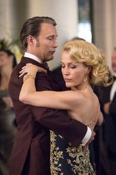 Mads Mikkelsen & Gillian Anderson in Hannibal S03E01: 'Antipasto'