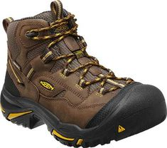 The Braddock Mid WP is an American Built work boot from KEEN Utility. This men& steel toe leather boot features out-of-the-box comfort thanks to the left and right asymmetrical safety toes. Mens Steel Toe Boots, Steel Toe Work Boots, Keen Shoes, Men's Shoes, Shoe Boots, Man Boots, Hype Shoes, Backpacking Boots, Hiking Boots
