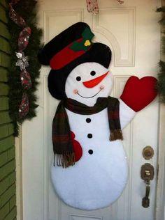 Munecos de nieves Christmas Door Decorations, Holiday Decor, Snowman Crafts, Christmas 2016, Christmas Ideas, Reindeer, Christmas Stockings, Cool Designs, Santa