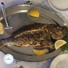Das Geheimnis mediterraner Ernährung – frische Lebensmittel, langsam und ohne eitle Soßen, gewürzt mit mediterranen Kräutern und Olivenöl statt exotischen Gewürzen und mit Liebe zubereitet.