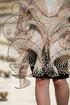 Conceptual High-Tech Haute Couture Collection by Iris van Herpen Inspired by Sound Waves | Yellowtrace