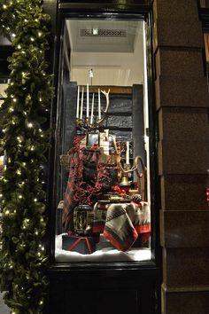 Ralph Lauren windows, London visual merchandising