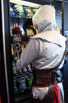 Assassins creed Altair cosplay. Alty wants a snack.
