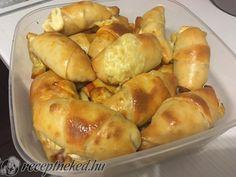 Virslis, szalámis kelt kifli recept szucs_zsanett84 konyhájából - Receptneked.hu Pretzel Bites, Bread, Food, Brot, Essen, Baking, Meals, Breads, Buns