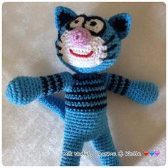 """Katze """"Blue Smile"""" von mit Nadel, Charme & Wolle ❤️ auf DaWanda.com"""