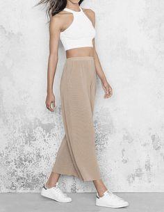 Trendhose dieses Jahr: Die Culottes. Hier entdecken und shoppen: http://sturbock.me/lEg