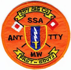 US Army Patch: Signal Company Signal Brigade Us Army Patches, Military Insignia, Challenge Coins, Badges, Diy, Fabric, Bricolage, Us Army Insignia, Badge